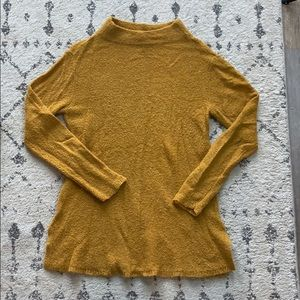 OLD NAVY MUSTARD YELLOW SWEATER